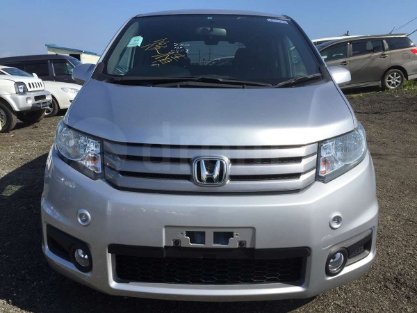 Honda Freed Spike 15 Just Selection+ (112013